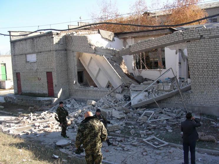 Destroyed school in Toshkivka