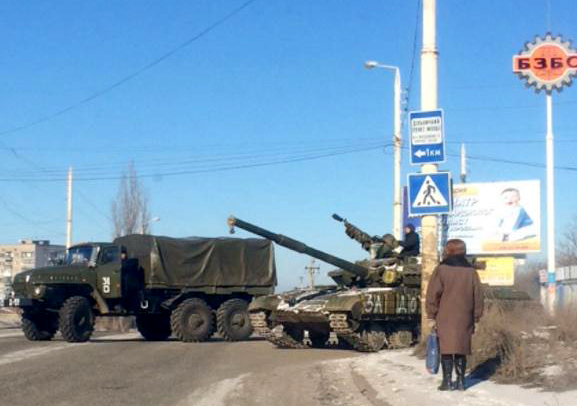 Russian Army convoy moving to Debaltseve from its base in Bryanka