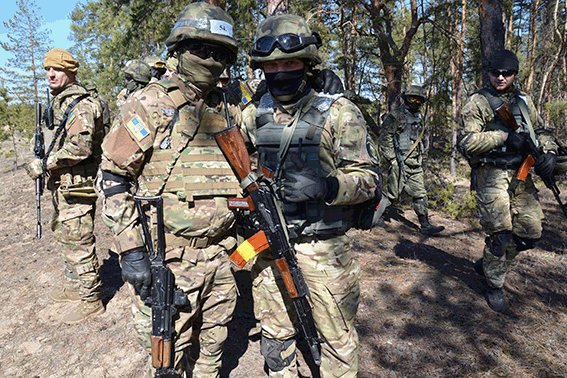 Instructors from Georgia and Israel are training police units of Lugansk Region