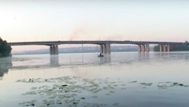 """Kaydatskiy"" road bridge over Dnipro River in Dnipropetrovsk"