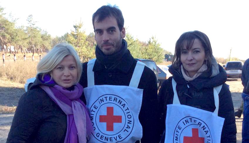 Representatives of ICRC who helped to release hostages