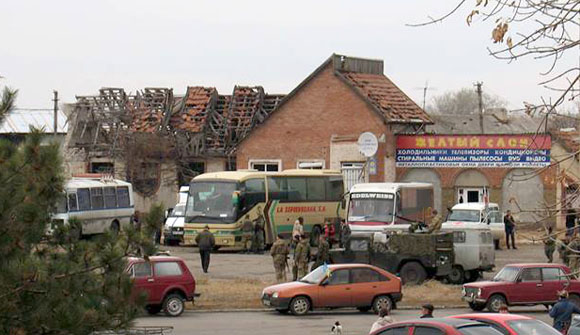 Buses near the checkpoint in Stanytsia Luhanska
